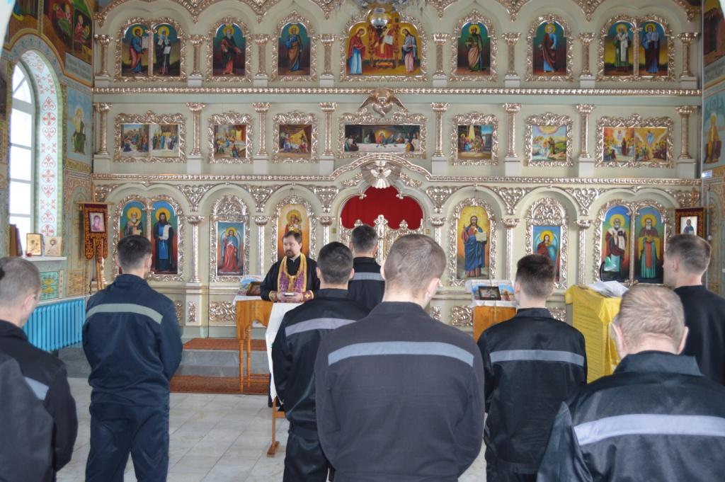 Священнослужитель посетил ИК-5