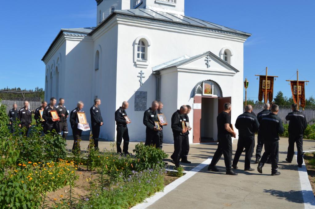 Силами православной общины осужденных в ИК-12 прошла Божественная литургия